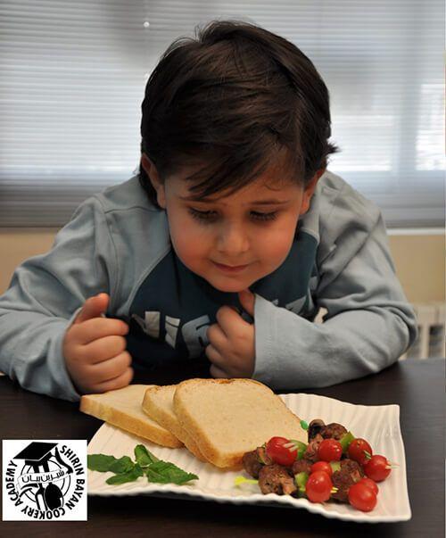 كباب لقمه چوبی| غذای کودک | شیرین بیان